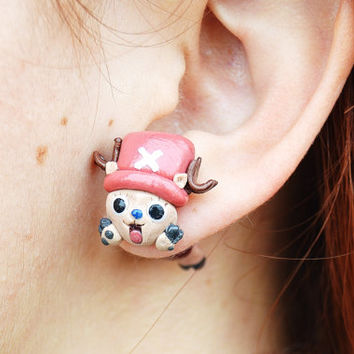 Chopper earring, inspired in One Piece.