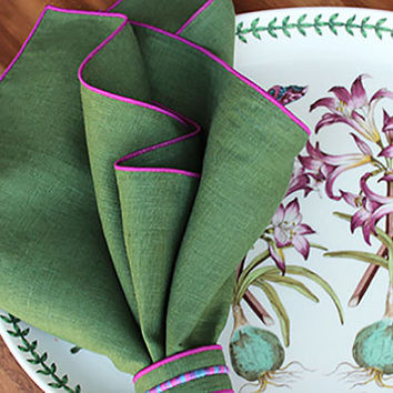 "Linen Napkins / Dinner Napkins / Custom Napkins / Green and Radiant Orchid Napkins /Set of 4 / 20"" square / Garden Collection"