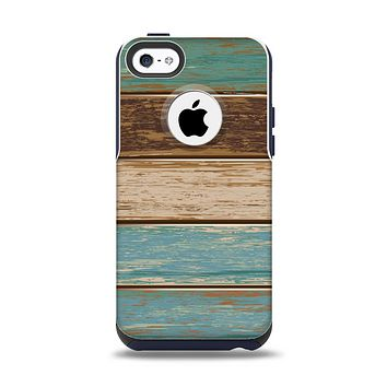 The Wooden Planks with Chipped Green and Brown Paint Apple iPhone 5c Otterbox Commuter Case Skin Set