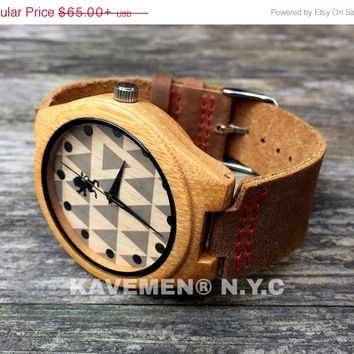 SALE REAL Wood Watch with Genuine Leather. Mens Watch. Engrave Watch. Personalized Watch. Mens Watches. Wooden Watch. Nevada. Kavemen.