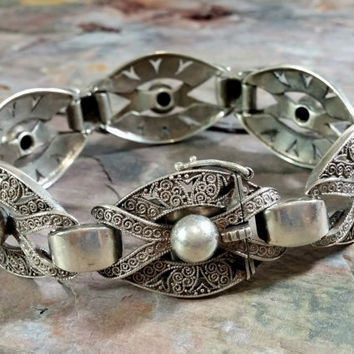 Vintage Silver Bracelet Sterling 925 Very Fine Craftsmanship Openwork Filigree Look Impeccable Detail Fabulous Design Great Looking Bracelet