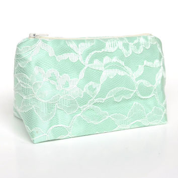 Bridesmaid Gift in Mint Green & Ivory Lace Cosmetic Bag, Pastel Wedding, Bridal Favor, Bulk Pricing, Sage Green Wedding