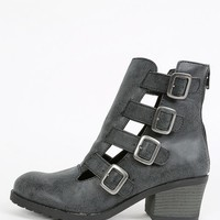Qupid Pompeo-03 Cut Out Buckle Ankle Boots | MakeMeChic.com