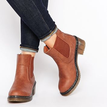 Truffle Collection Rani Mid Chelsea Boots
