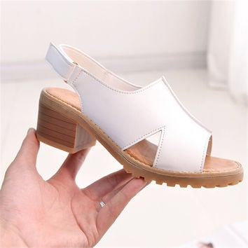 Women Sandals 2016 Square Med Heel Solid Black White Casual Summer Gladiator Shoes Woman Flip Flip XWZ3135