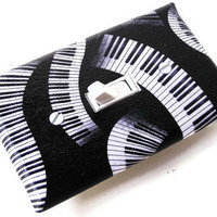 PIANO KEYS Switchplate Light Switch Plate Outlet Cover - Black White