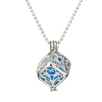 Square Hollow Out Geometric Pattern Pendant Necklace