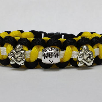 Hockey Mom Bracelet, Hockey Jewelry, Hockey Mother Bracelet, Pick Your Team Colors, Hockey Mom Jewelry, Custom Bracelet. 26 Colors
