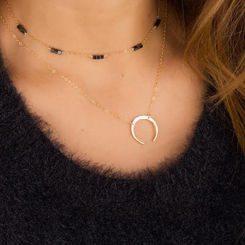 Moon Necklace • Upside Down Moon Necklace • Crescent Moon Necklace • Dainty Gold Double Horn • Gold Pendant • 0284NM