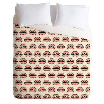 Wesley Bird Gap Tooth Girl Duvet Cover