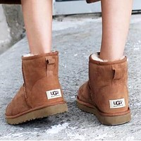 """""""UGG"""" Winter Trending Women Stylish Wool Snow Boots Brown I/A"""