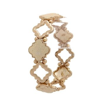 Quatrefoil Shape Stretch Bracelet ()
