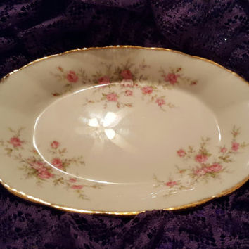 Lovely Vintage Paragon China Oval Relish Dish in the Victoriana Rose Pattern