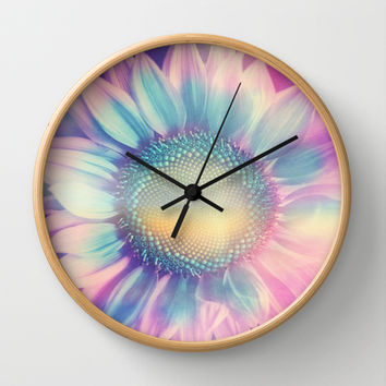 Pretty thing. Wall Clock by Viviana Gonzalez