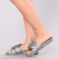 Lilia Knot Slider - Grey