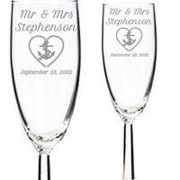 Bride & Groom Wedding Toasting Glasses with Custom Name - Mr Mrs Engraved Wedding Champagne Flutes, Wedding gift, Anniversary Gift