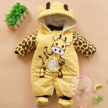 2014 new Baby Boys And Girls Jumpsuit Animal Giraffe Print Romper Cotton-padded Clothes = 1929645636