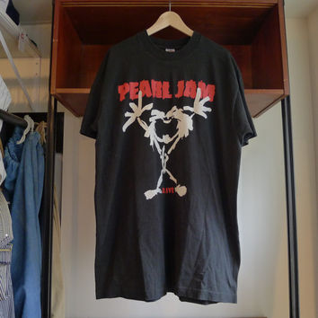 Vintage PEARL JAM Shirt Alive - fruit of the loom tag 100% cotton made in usa - alternative grunge rock live tour