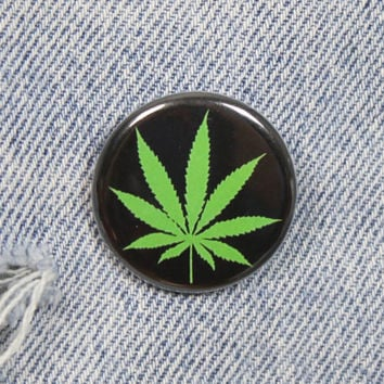 Pot Leaf 1.25 Inch Pin Back Button Badge