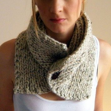 Fear of Commitment Cowl by KittyDune on Etsy