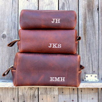 Custom Groomsmen Gift, Leather Dopp Kit, Leather Shaving Kit, Le 38211e6594