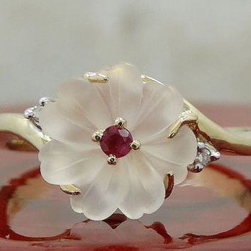 Unique Vintage Diamond Ruby Quartz Flower Promise Ring/ Engagement Ring/ Right Hand Ring/ 14k Gold Size 9 / 3.2 grams/ Art Deco