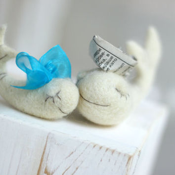 Needle Felt Whale - Needle Felt White Whale With Blue Ribbon -Needle Felt Art Doll - Whale Miniature -Home Decor