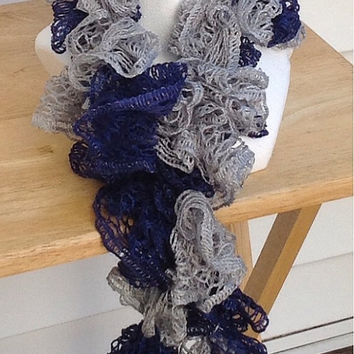 Dallas Cowboys New York Yankees Crocheted Ruffle Sashay Fashion Team Spirit Scarf