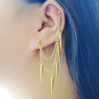 Dangling Gold Spikes Cartilage Earring