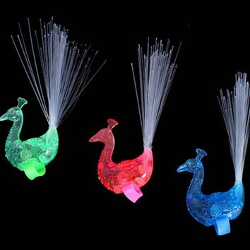 1Pcs Peacock Finger Light Colorful LED Light-up Rings Party Gadgets Kids Intelligent Toy Color Random for Party Gift