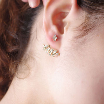 Sumptuous Simple Leaf Diamond-studded Earrings For Women
