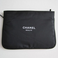 CHANEL BEAUTE Black Zipper Cosmetic Bag / Makeup Pouch
