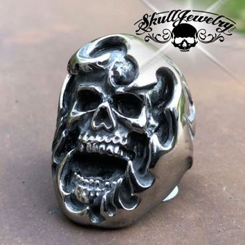 'Anguished' Big, Bold & Heavy Skull Ring (c058)