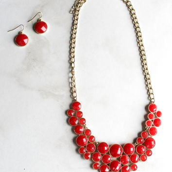 Gameday Crowd Necklace and Earring Set in Red
