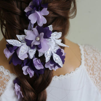 Wedding Hair Comb,Bridal Hair Accessories, Wedding Head Piece, White and Purple Lace Beaded , Pearl Wedding Hair Accessories