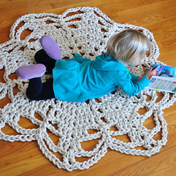 Nautical rope rug or wall hanging, Crochet Doily Rug, Flower Rug, 4 feet Cotton Acent Rug