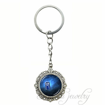 Doctor Who Tardis Space Key Chain Ring Police Box Glass Cabochon Pendant Key Chains Time Lord Jewelry For Women Men
