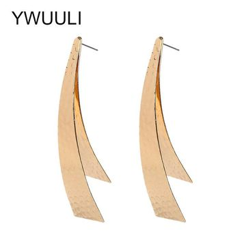 Creative Exaggerated Metal Stud Earrings for Women Long Statement Pendientes Clip Shaped Earing Fashion Jewelry XR1533