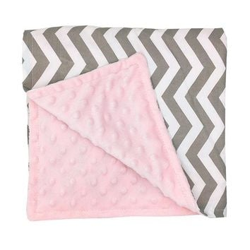 Baby Chevron minky Blankets Infant Zigzag Swaddle Wrap Swaddling Fashion Stroller Manual Blanket Nursery Bedding Blankets