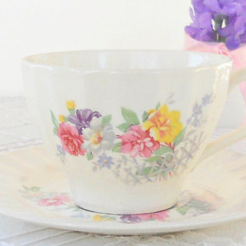 Vintage Edwin Knowles Cottage Style Tea Cup Set, Shabby Chic, Tea Party, French Farmhouse, Weddings, Ca. 1940's