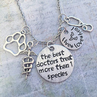 Veterinarian Necklace , Vet Tech Jewelry, Vet Jewelry, Veterinarian Jewelry, Animal Doctor, Doctor, Animal Lover, Animal Hospitalc, Nurse