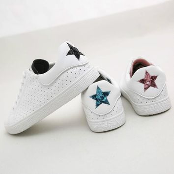 Women Leather Shoes with Star  Fashion Sneakers Lace Up Summer Shoes