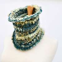 Knitted Cowl Scarf..Hand Spun Scarf..Hand Dyed Yarn..OOAK