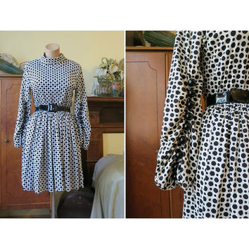 Big Black Ball Buttons - Vintage 1960s Mini Dress by Eloise Curtis for Happenstance - fits 36 bust - Black and white polka dots