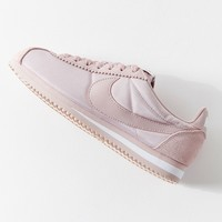 Nike Classic Cortez Nylon Sneaker | Urban Outfitters