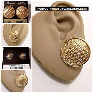 Monet Basketweave Discs Pierced Stud Earrings Gold Tone Vintage Large Round Raised Rimmed Edge Buttons Surgical Steel Posts