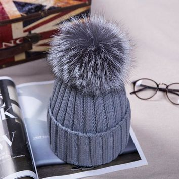 2016 New fashion Autumn Winter Women Cap Fox Fur Ball Hat Pom Poms 15CM Cap Female Warm Beanies Crochet Knit Beanie Hats Caps
