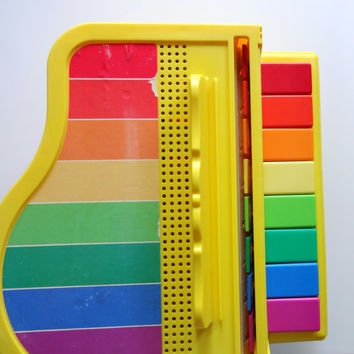 Vintage Fisher Price Grand Piano Toy 1986