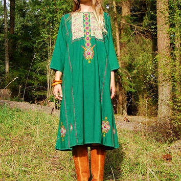 70s Boho Tunic Dress, Native Indian Dress, Pink + Green Ethnic Embroidered Dress, Cotton Caftan, Hippie, Bohemian, Gypsy, Festival Dress