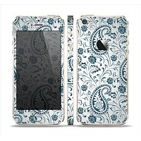 The Dark Green Highlighted Paisley Pattern Skin Set for the Apple iPhone 5s